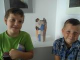Na výstavě obrazů a keramiky